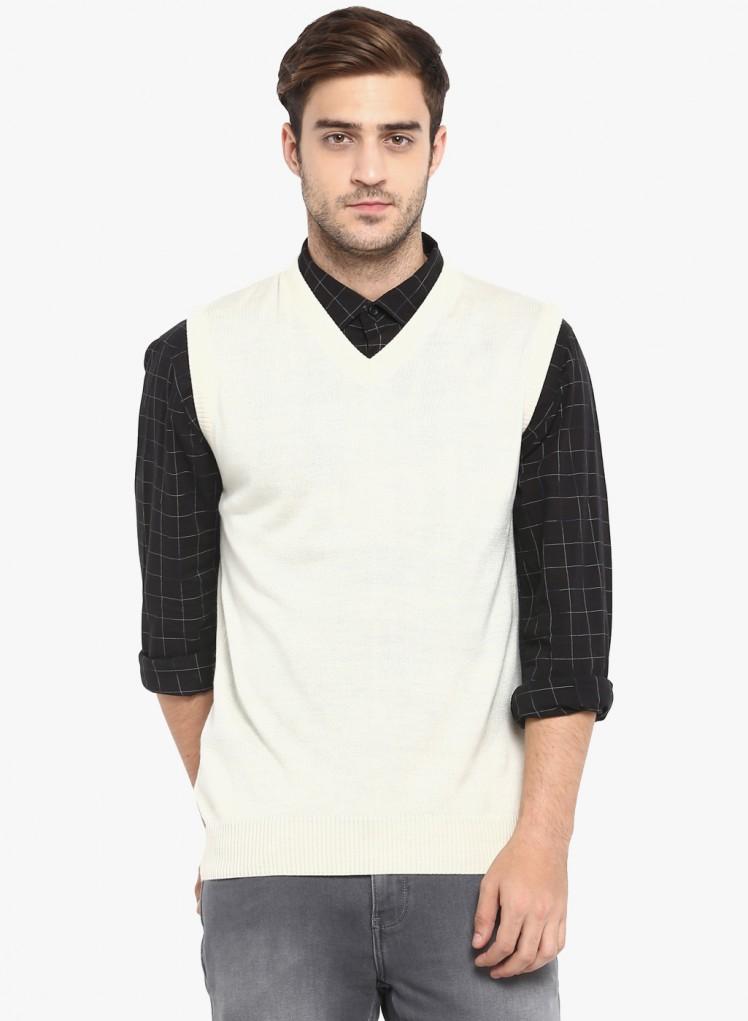 7c56e9aff23 Buy Cream Solid V Neck Sweater Online in India - Monte Carlo